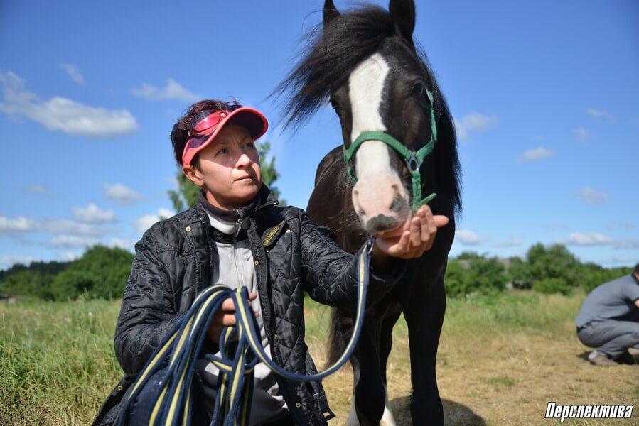 """Спортсменка продала """"двушку"""", чтобы открыть конный бизнес."""