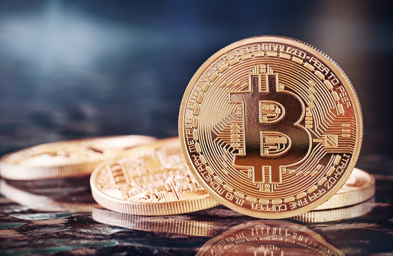 Как внешние факторы влияют на курс Bitcoin.