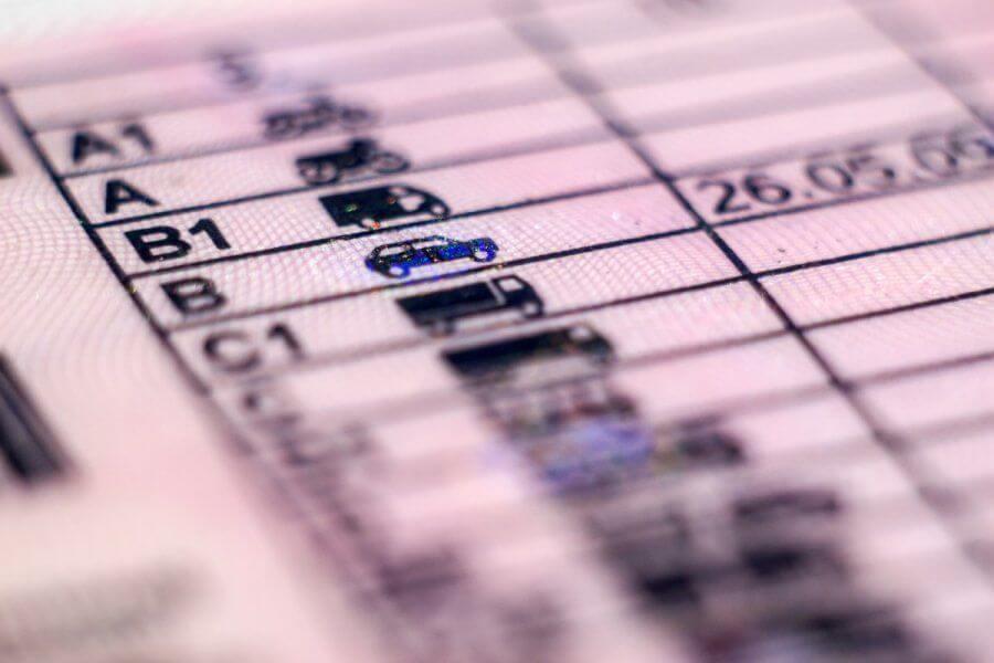 В Беларуси упразднят талоны к водительскому удостоверению и сертификаты о прохождении ТО.