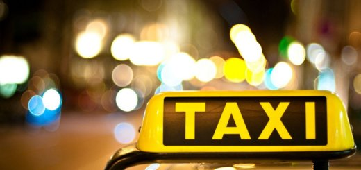 Таксистов «Яндекс» и «Убер» массово вызывают в налоговые.