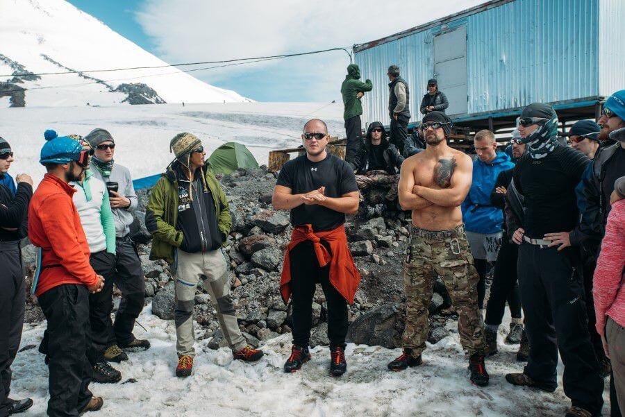Почему те, кто ходят в горы, зарабатывают больше других?