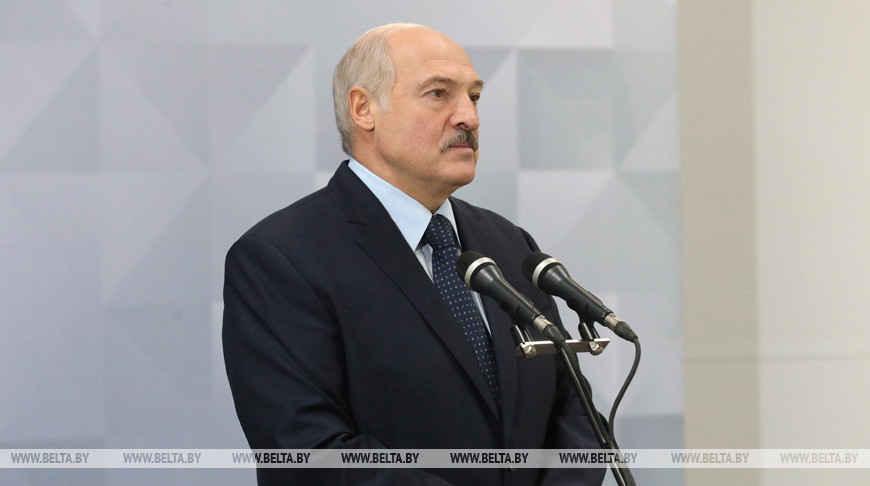 Александр Лукашенко призвал бизнес поддержать людей в трудное время