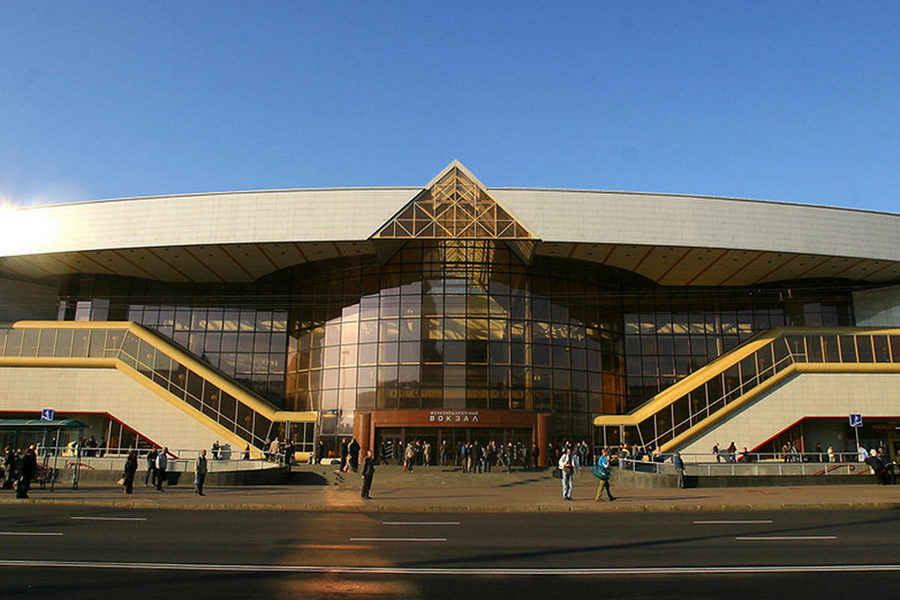 Все приезжающие в Беларусь отправятся на карантин на две недели. Даже россияне