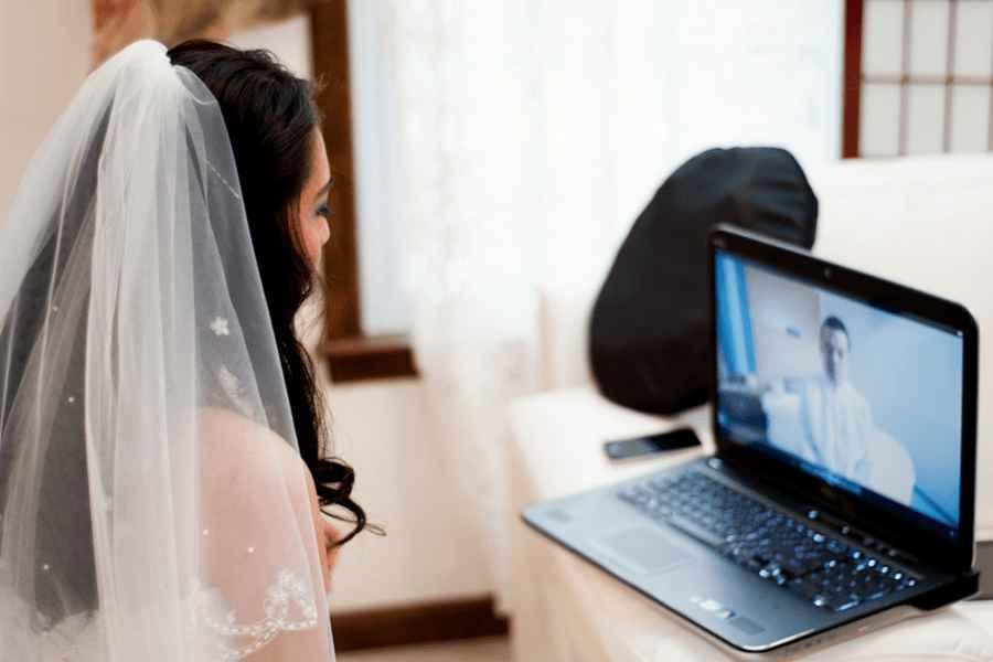 Онлайн-свадьбы не только в Минске. В Нью-Йорке разрешили жениться и выходить замуж по видеосвязи