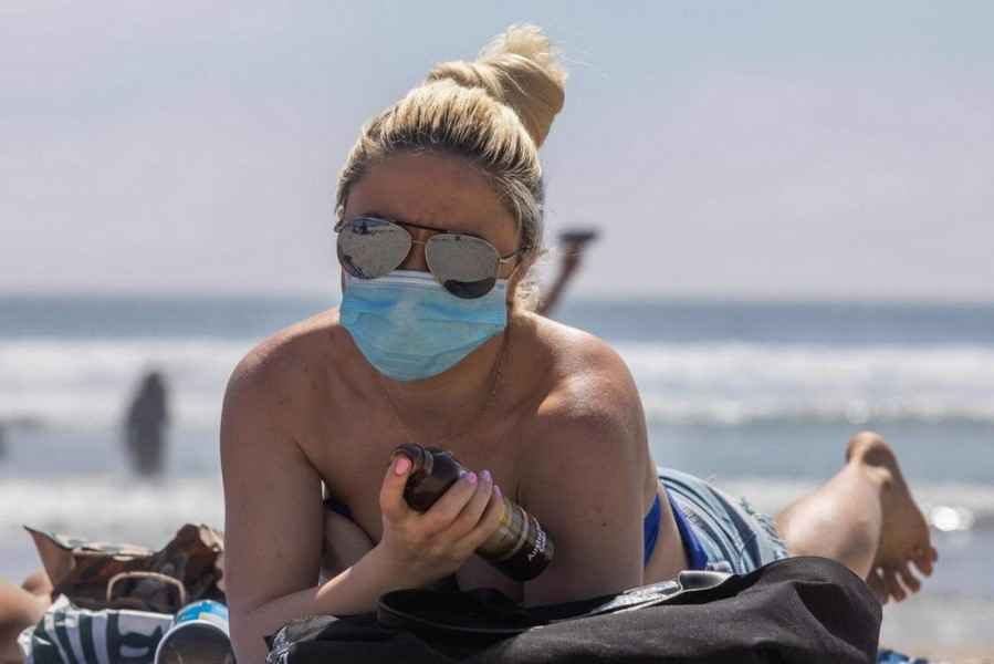 Каким будет туризм после коронавируса. Пустые отели и кабинки на пляжах