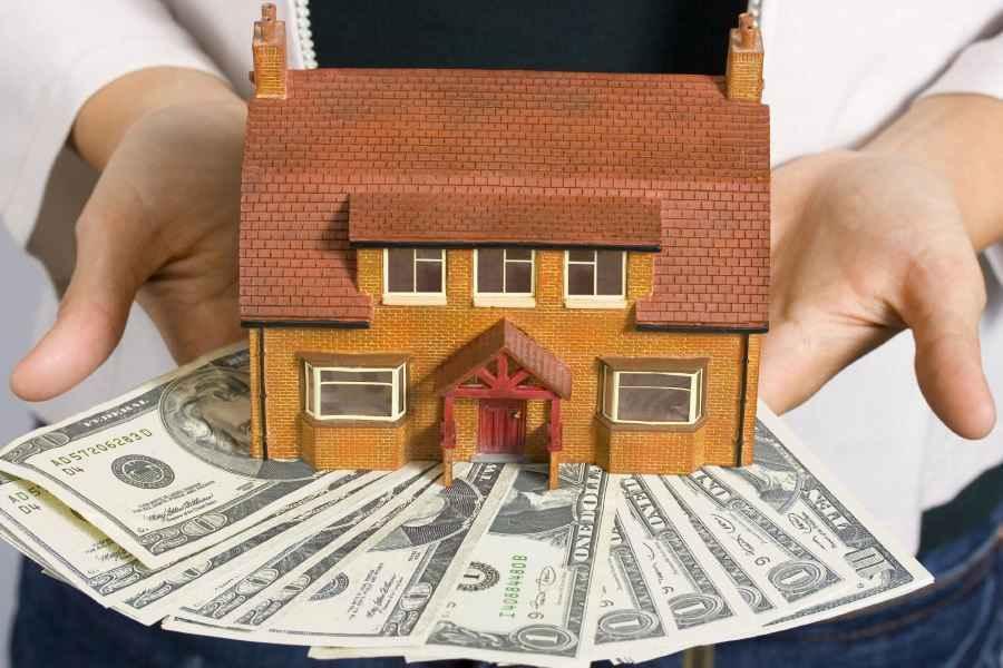 Беларусбанк перестал выдавать кредиты на покупку жилья. Придется самим зарабатывать