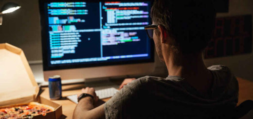 Программисты уходят в прошлое, их заработки снижаются - все используют готовые варианты