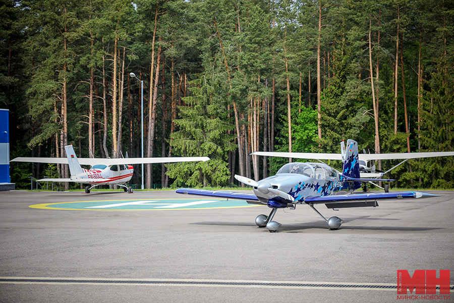 Где в Минске научиться летать на самолетах? 1 час – 1600 рублей