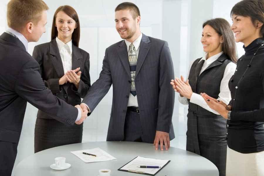 Как государство помогает безработным начать свой бизнес