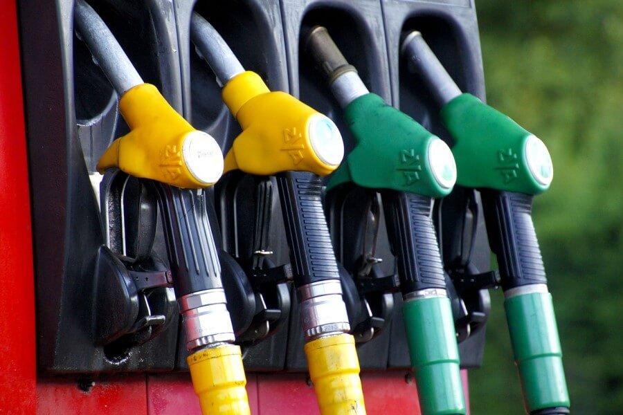С 27 октября опять дорожает автомобильное топливо