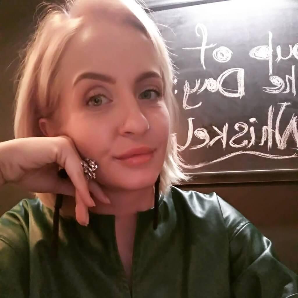 Анастасия Маглышева, совладелица бара «Время»